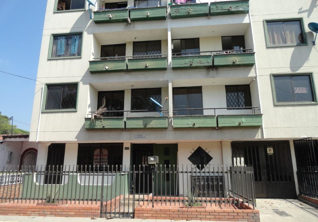 Apto Edif. Villa Hermosa Calle 44 Nº 26-68