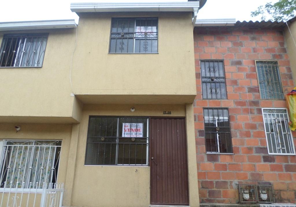 Casa Jardines de Altagracia Calle 8 Nº 15-08