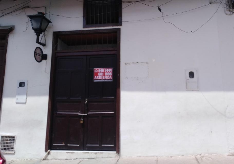 Local Casco Antiguo Calle 30 Nº 24-35