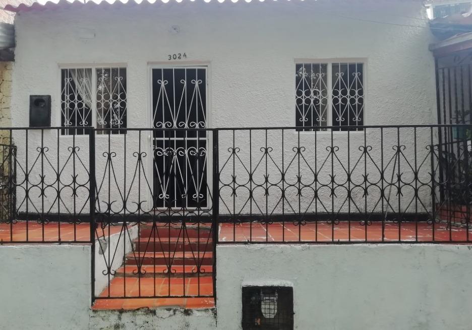 Casa Eloy Valenzuela  CALLE 29 Nº 30-24
