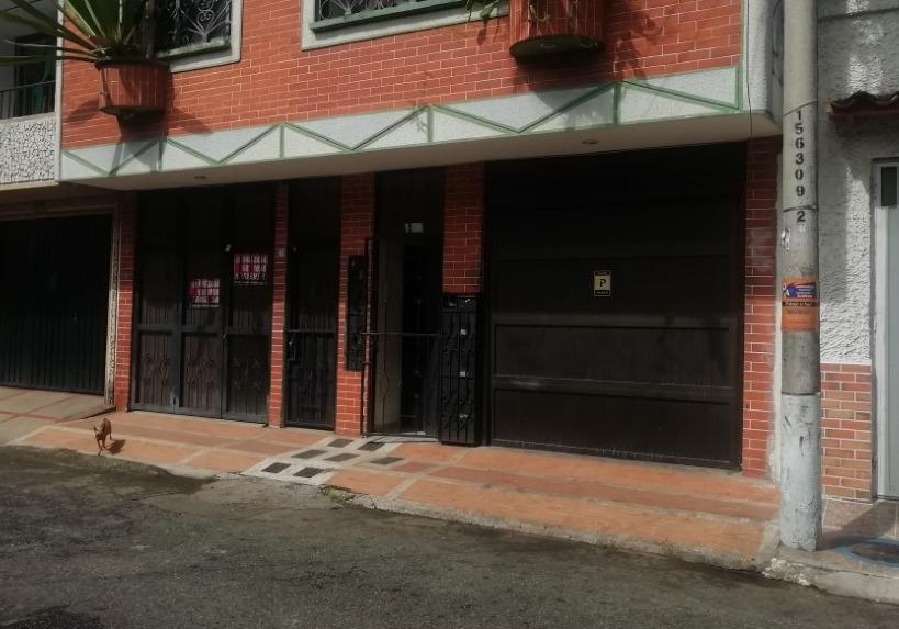 Apartamento Alvarez Carrera 42 Nº 35-52 piso 1